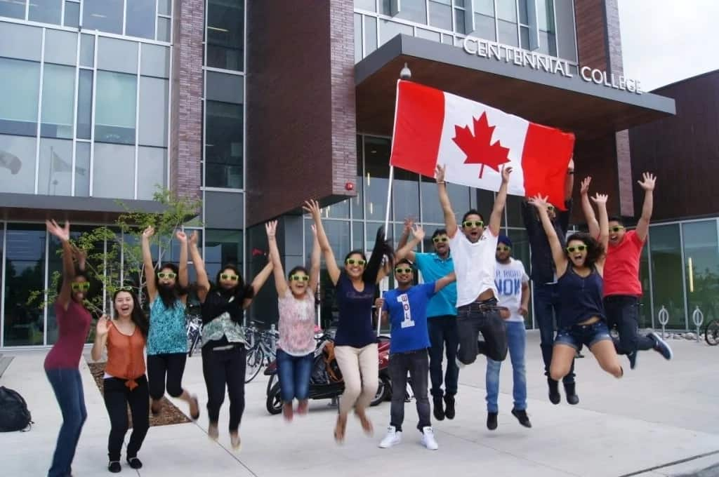 list of canadian universities without application fee