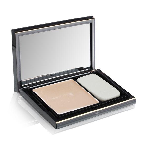 how to use makeup sponge applicator