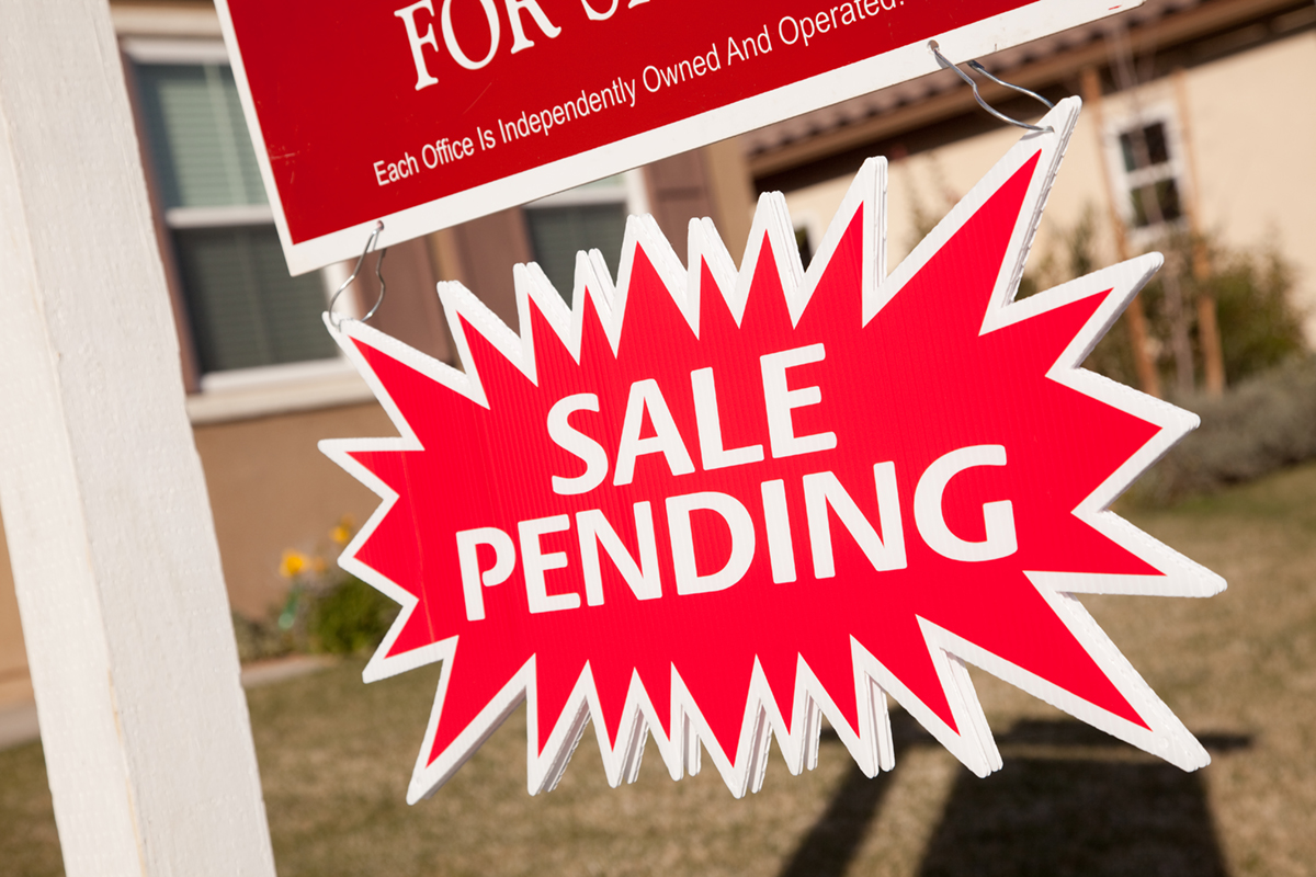 what does application pending mean in real estate